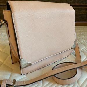 Vegan leather structured crossbody, dusky pink